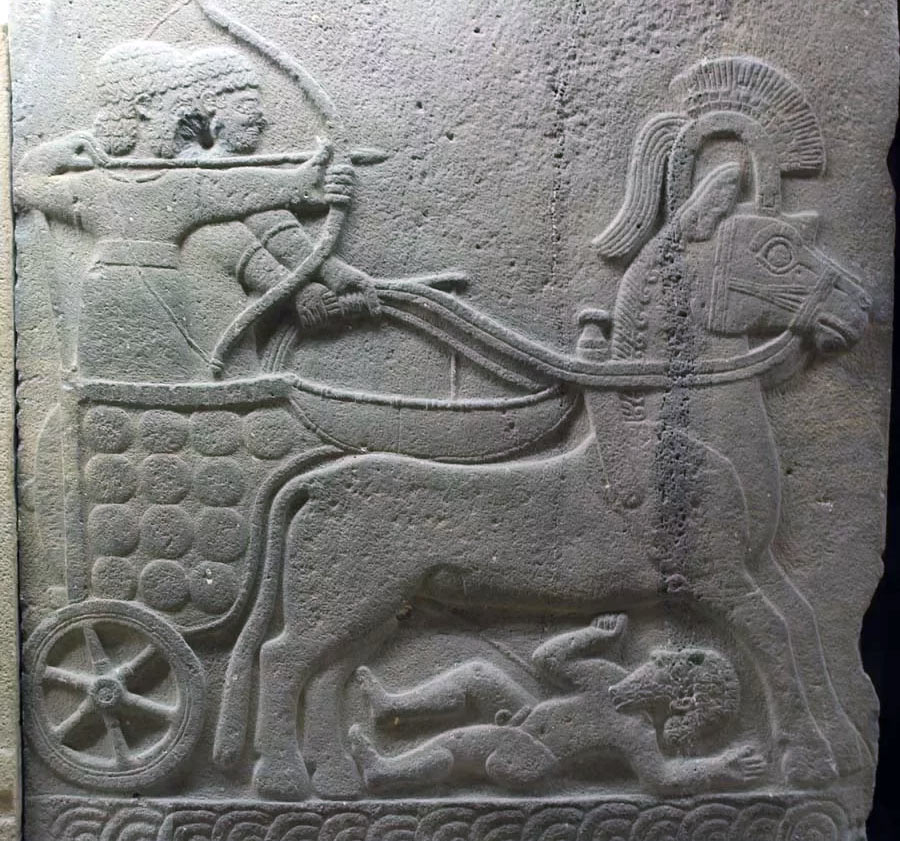 Барельеф изображающий боевую колесницу хеттского царства