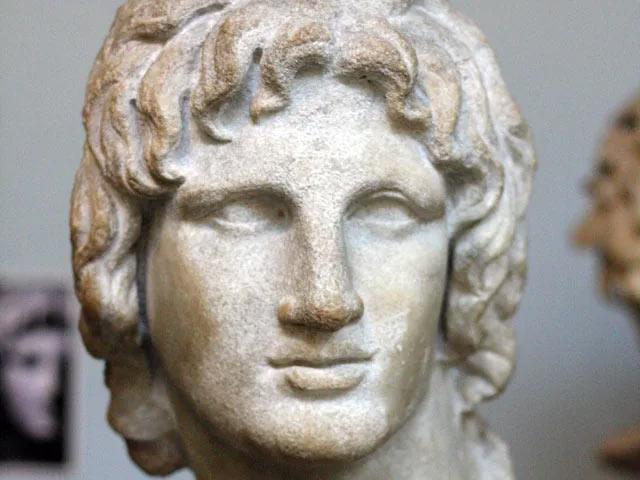 Скульптурный портрет Александра Македонского