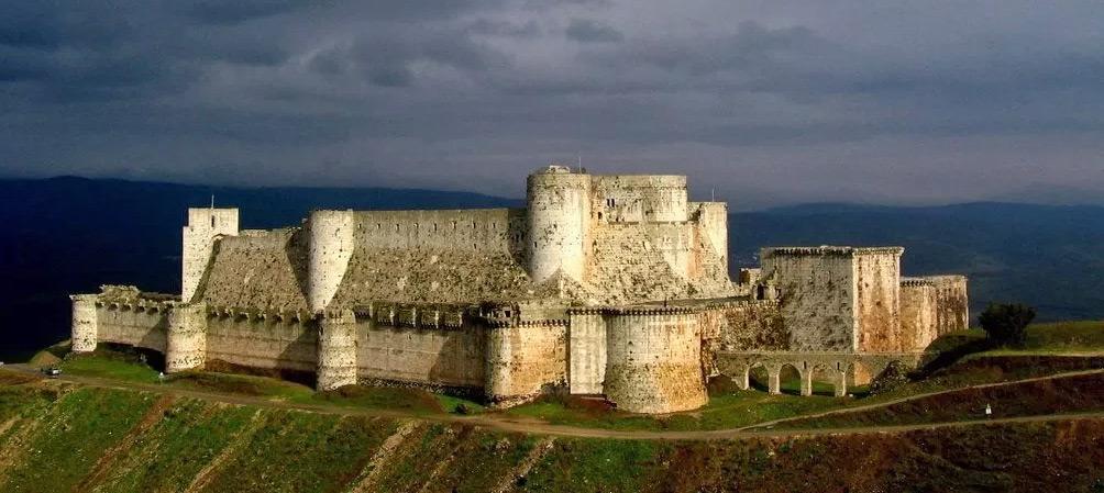 Крепость Крак де Шевалье - твердыня госпитальеров в Святой земли