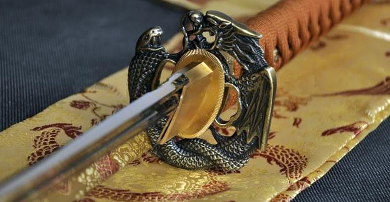 Цуба - гарда классического японского меча