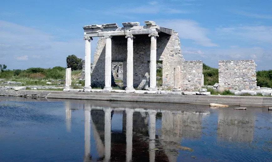 Развалины города Милет, Военное покорение Александром Македонским непокорных полисов Малой Азии