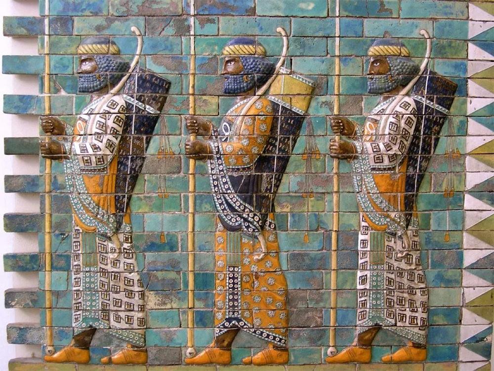 Персидская мозаика изображающая персидских воинов