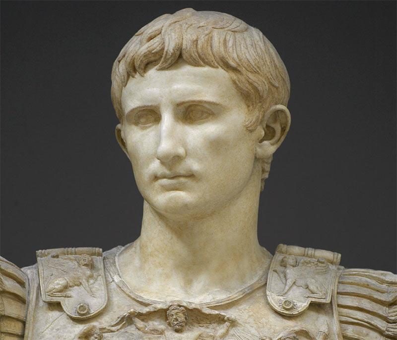 Октавиан Август - приемный сын Юлия Цезаря и римский император